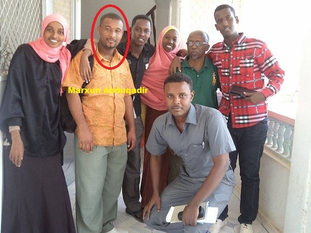 2 #Journalists Killed, three Others Woundedat a Café Attack in the Southern Somalia town of Baidoa http://t.co/5P3MYkwPGj