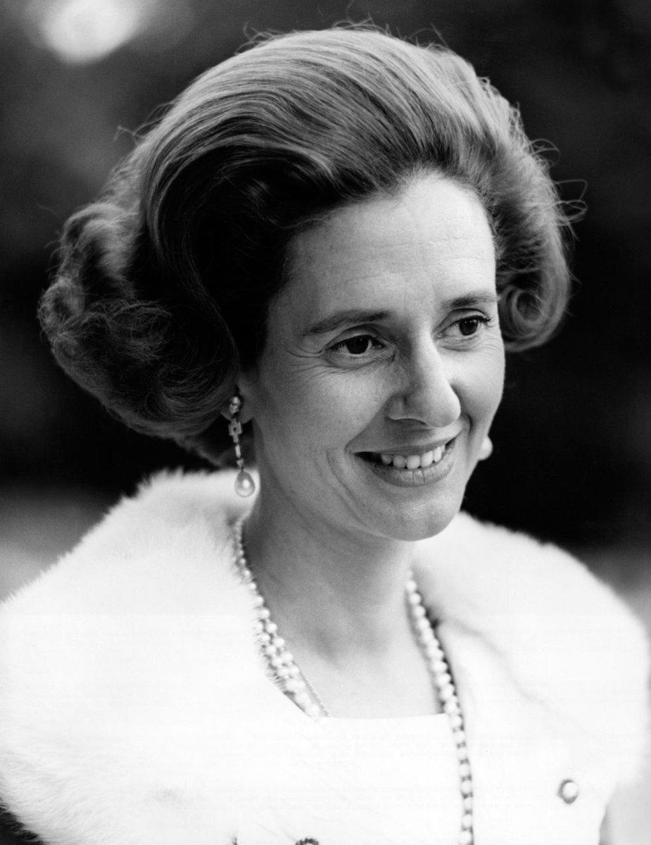 Nella foto la regina Fabiola da giovane.