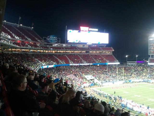 Levi's/49ers may be paying the bill, but does Pac 12 really want such a good matchup to have this many empty seats? http://t.co/zZrGmnLGpK