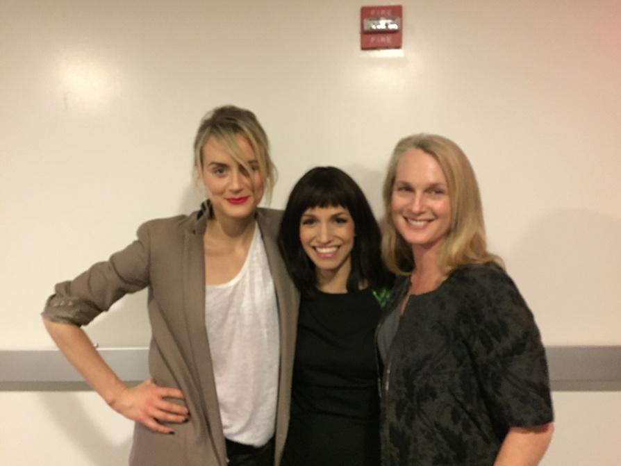 "Live @catielazarus ""Employee of the Month"" show at Joe's pub with @tayschilling & @Piper http://t.co/EoX2NwpaAU"