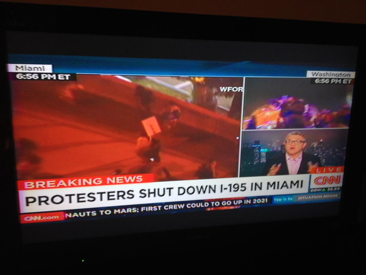 Damnn I-95 shutdown in Miami #changes http://t.co/Vci8A0BgxN