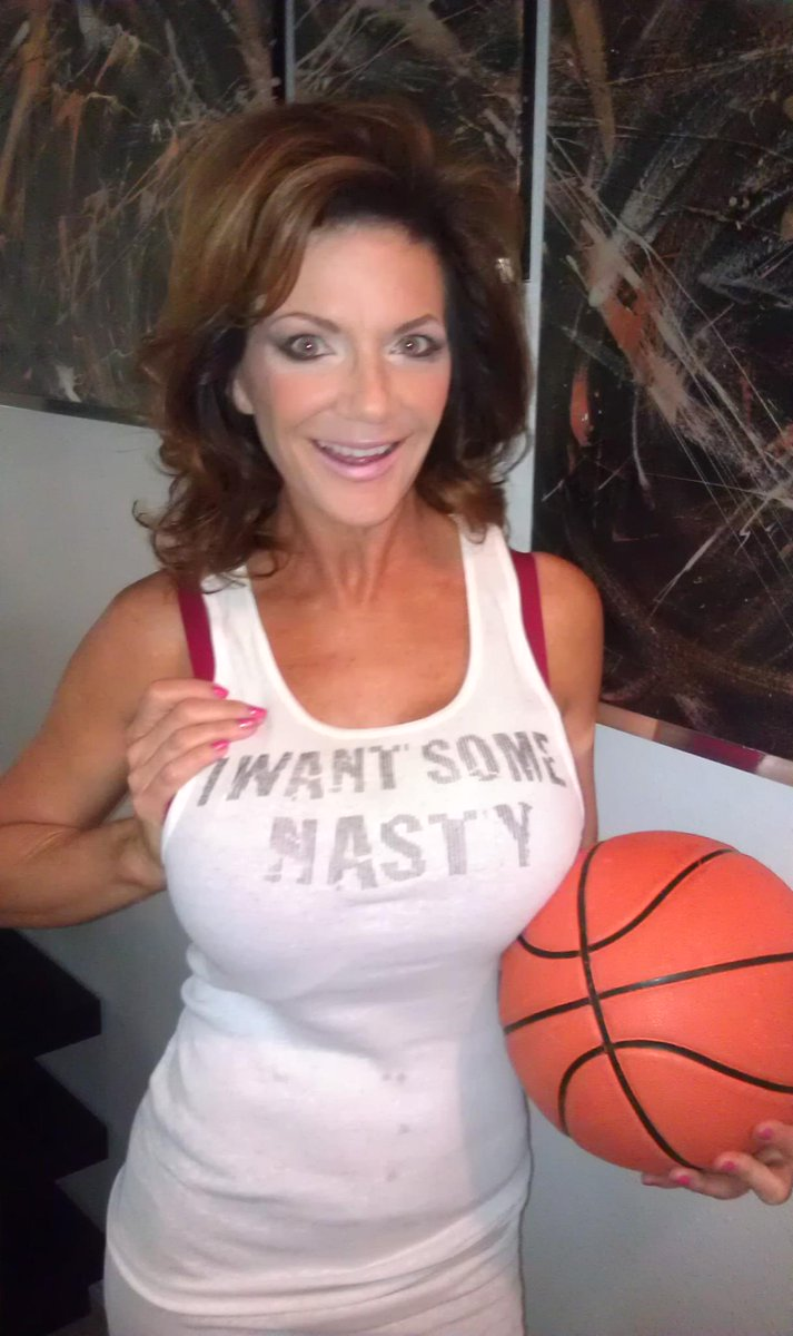 deauxma-spandex-forced-wife-black-cock