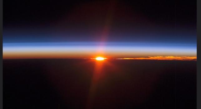 Video Spazio: il tramonto del Sole dalla Stazione Spaziale, da condividere.