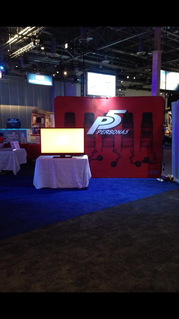 OMG! From the floor of PlayStation Experience :D #Persona5 http://t.co/j0SH6nclGu