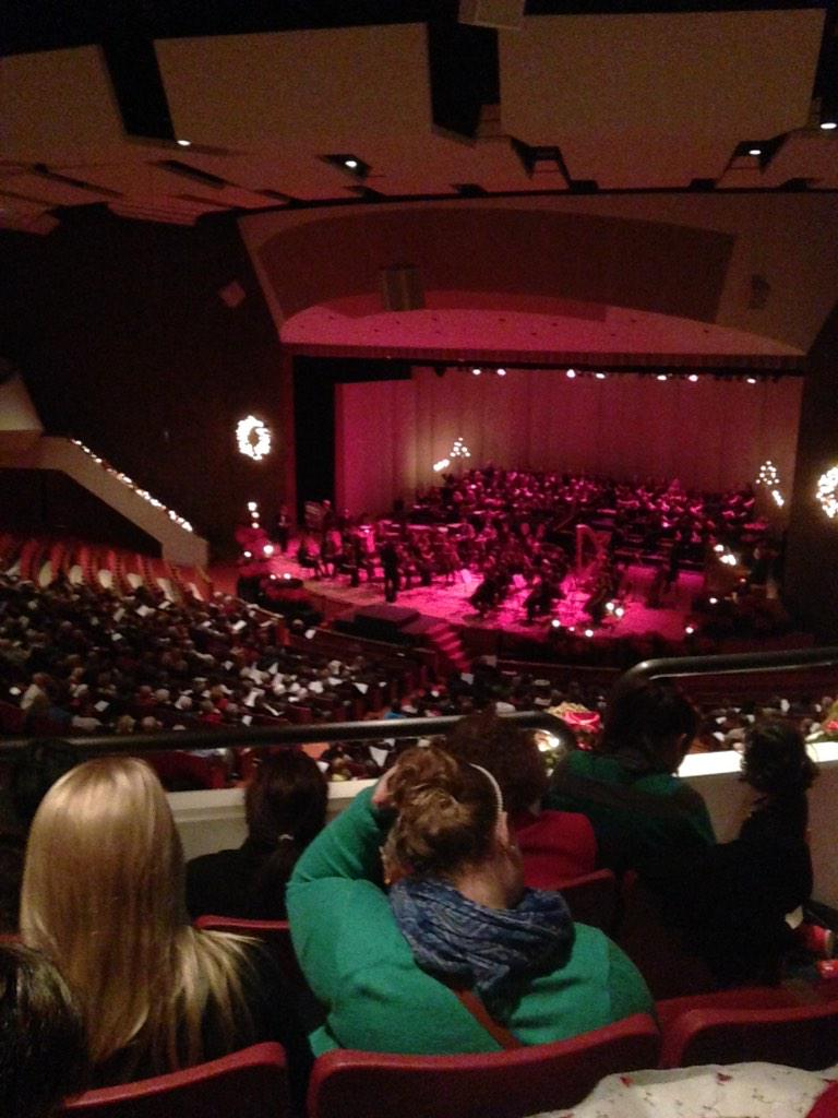 filthy animal at chrysler orchestra ya hall home live hommmeallone alone merry with christmas