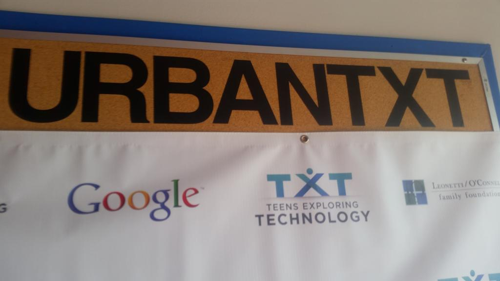 At the Teens Exploring Technology center in South Central LA. This place is amazing. Doing amazing work. @URBANTxT http://t.co/hEYbQ2D2Pu