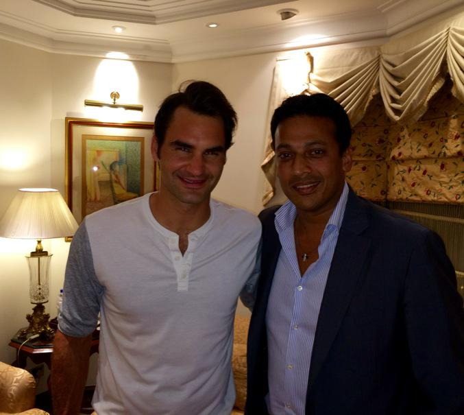 He is here, checked in and ready..@rogerfederer @iptl #breakthecode http://t.co/gXb1ehyHIv