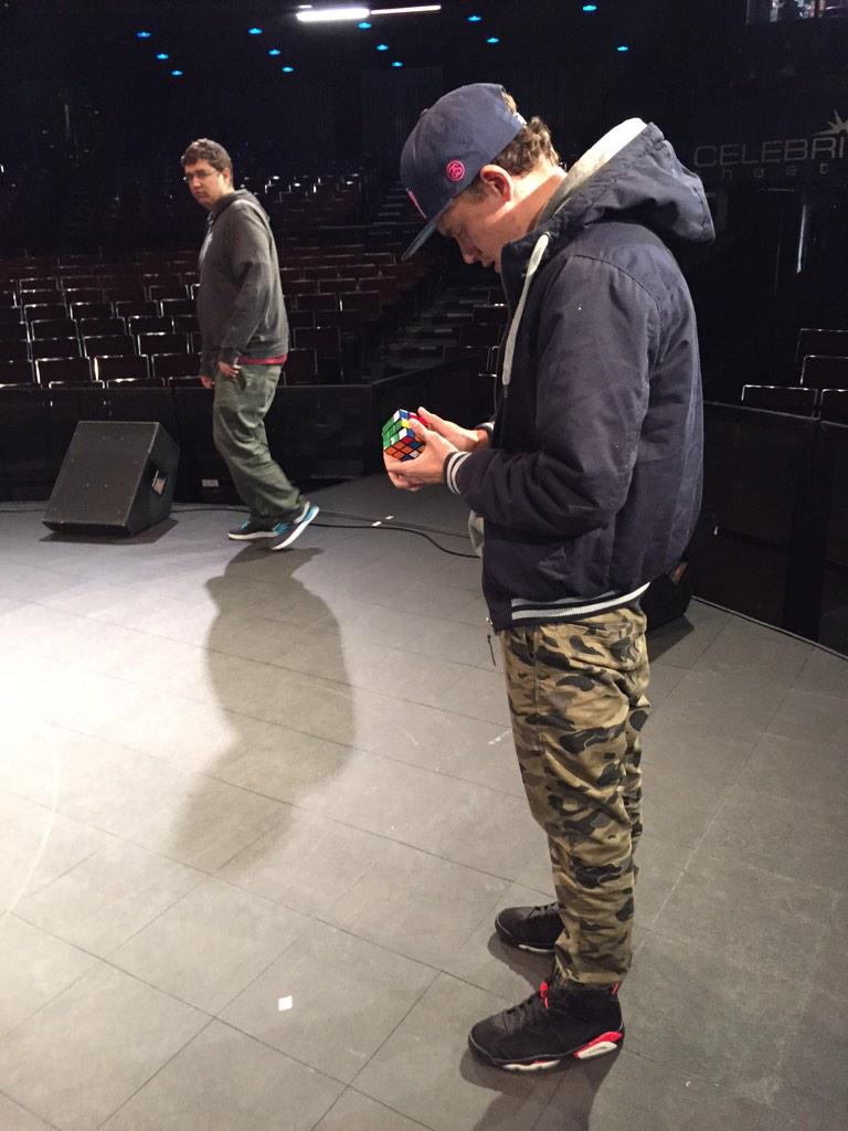 You have to love @Logic301 for keeping his mind right before the show!! http://t.co/it8GfLSXDZ