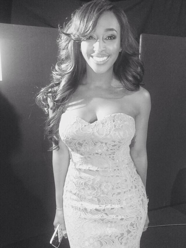 Had the best time tonight at the Emeralds Ivy Ball! Such an honour to perform! ❤️ http://t.co/SpQnWzK4hf
