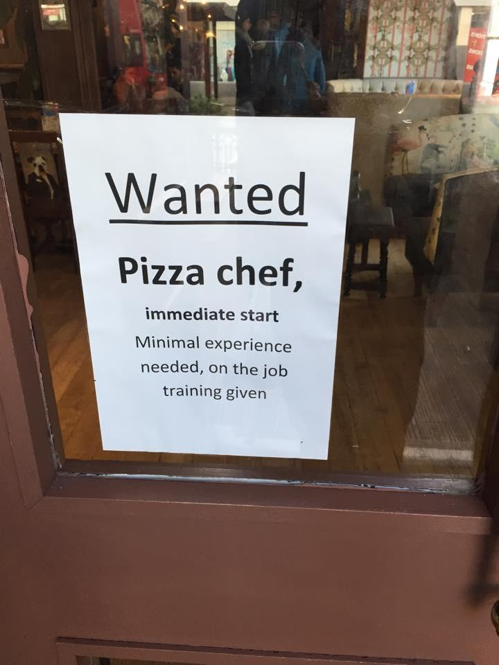 This not-very-encouraging sign spotted on a pizza place door by my friend Marcus Carter - worrying. http://t.co/LM1ACb2Qfo