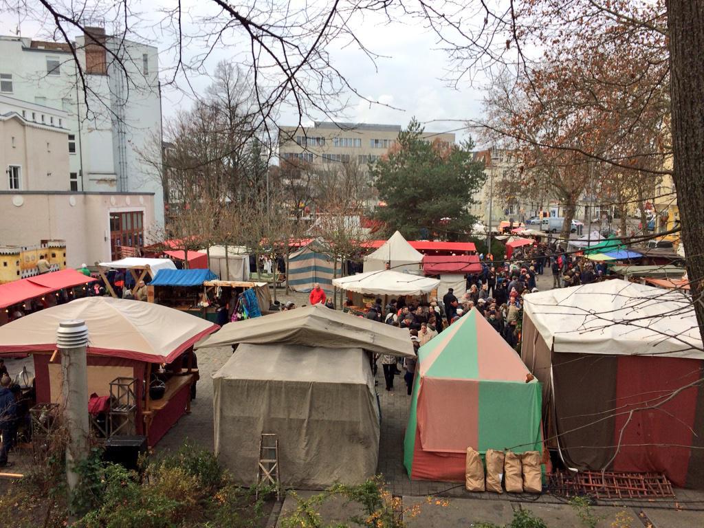 Weihnachtsmarkt Karlshorst.Café Paulines On Twitter Auch Heute Wieder Offen Der