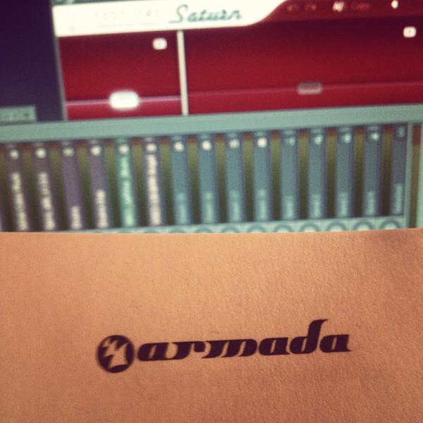 All those sleepless nights... Totally worth it! But we are just getting started ;) #armada http://t.co/mTea42FNoe