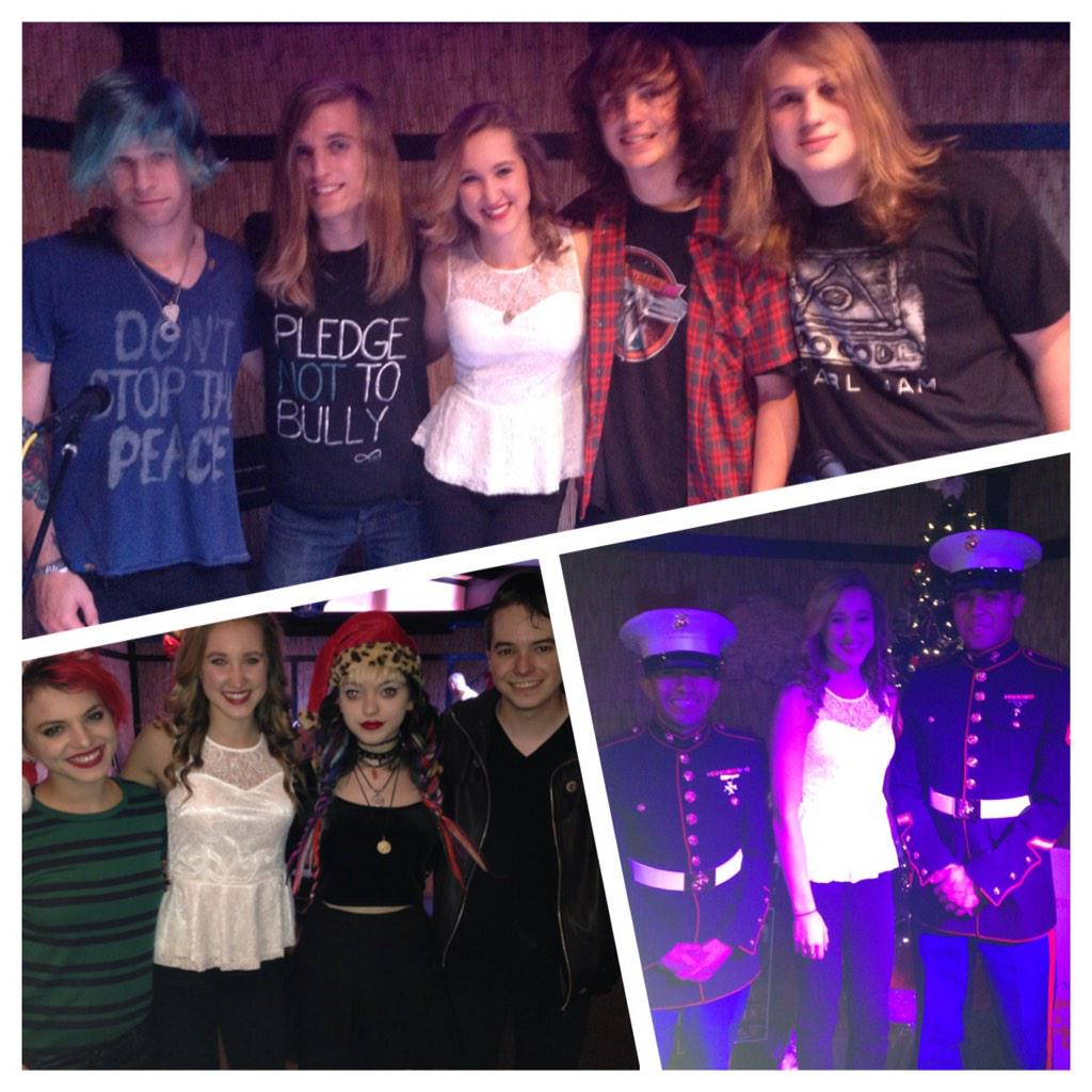 Had an amazing time performing for the U.S. Marines toys for tots #ToysForTots @GalvanizedSouls @cherribombband http://t.co/8W8wiKrk12