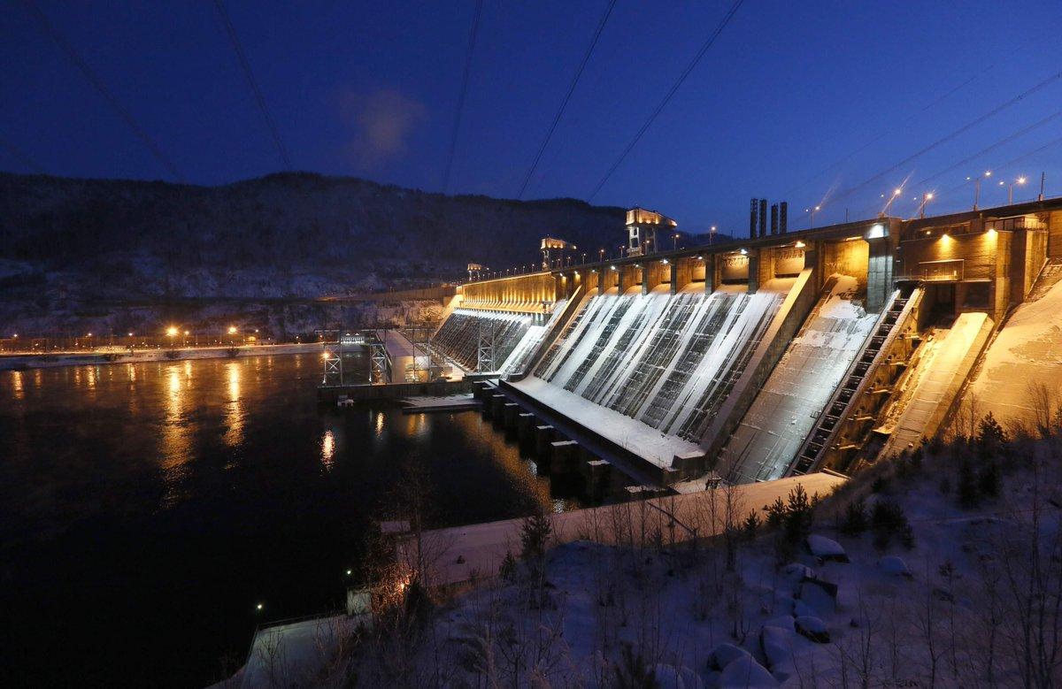гидроэлектростанции сибири фото