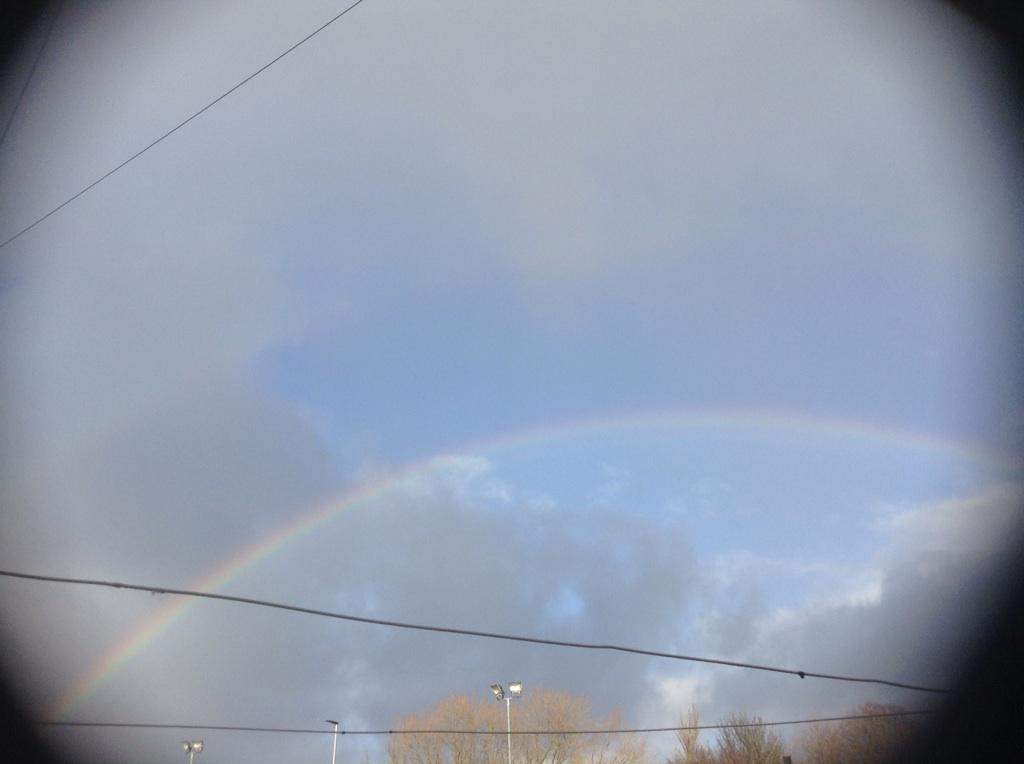 A Rainbow just appeared http://t.co/NMPueaRMei
