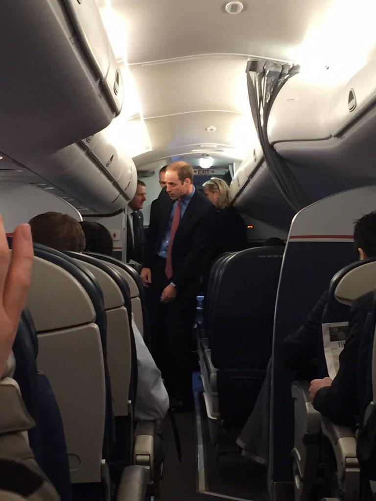 Flying with Prince William to DC !! #PrinceWilliam #DukeofCambridge #USAirways @AmericanAir @USAirways http://t.co/2roooh73je