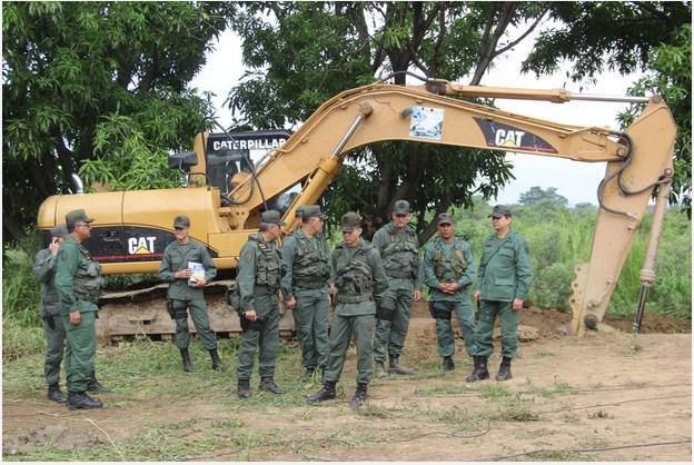 hasta cuando este gobierno comunista permite que los colombianos destruyan el pais? - Página 3 B4VhksXIMAAG1xn