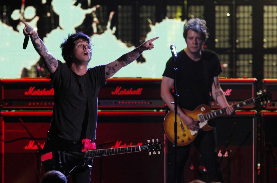 Jason White, guitarrista do Green Day, é diagnosticado com câncer http://t.co/9MLYNyfkmN http://t.co/AWtJy8a0IG