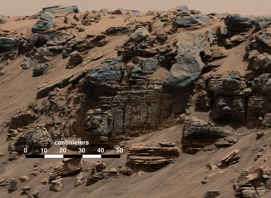 curiosity2014: martian hillside