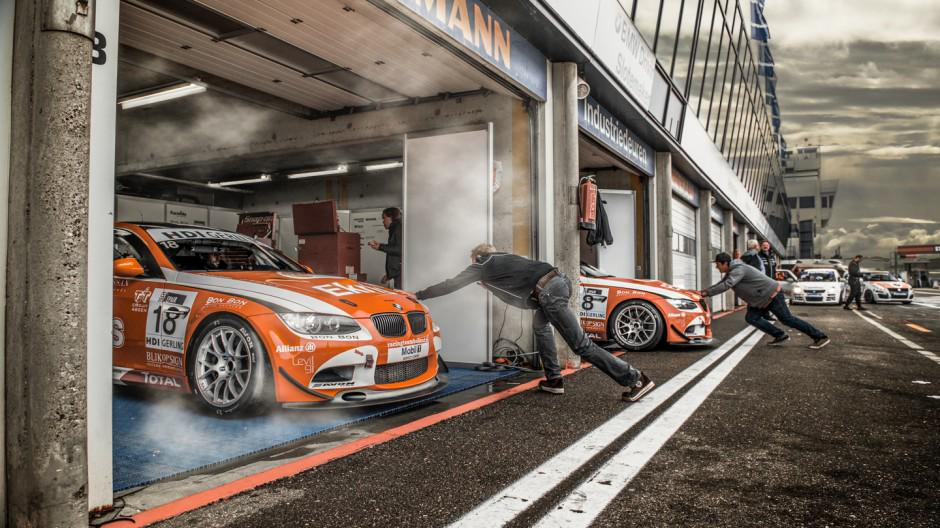 The last #Racing day at Zandvoort - Before ... http://bit.ly/UgSoei  #Ekrismotorsport #Automotive #Tutorial
