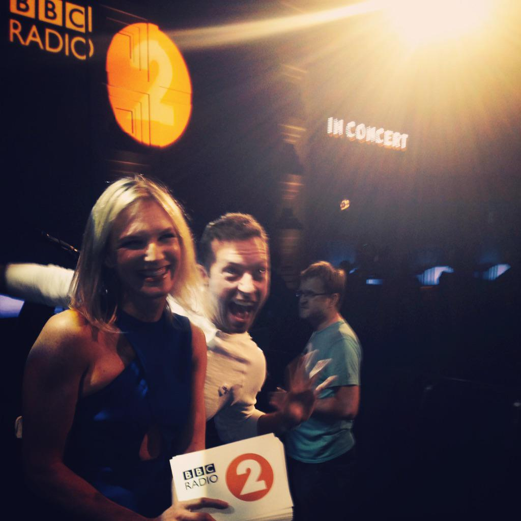 Ace night ahead with @coldplay Live on @BBCRadio2 from 8pm http://t.co/FLXR8vJ5WQ