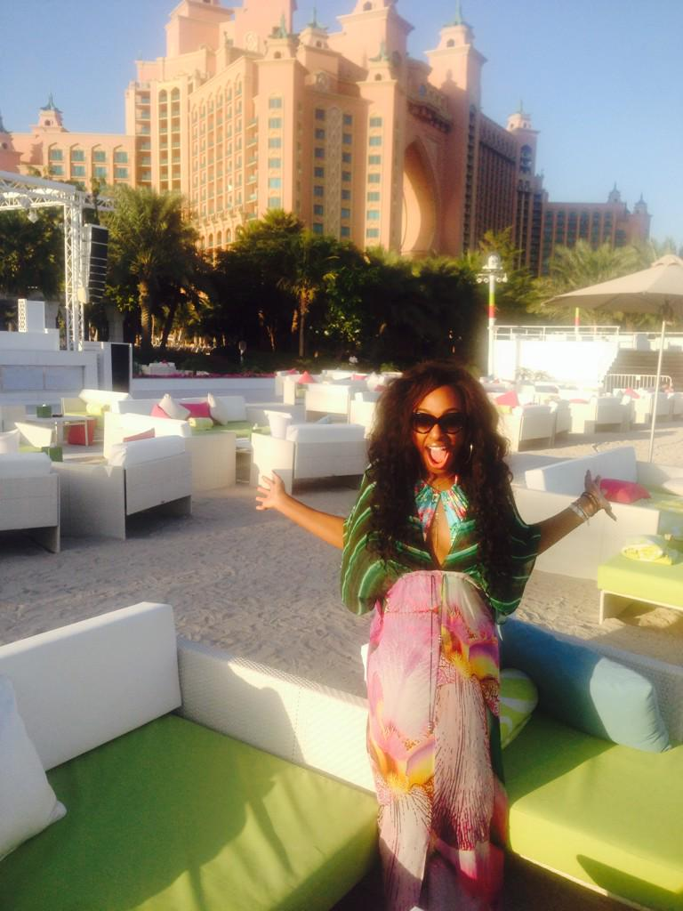 Best day chilling with my bestie @MissSheniece at the @ATLANTIS ! Nasimi beach !!! 💋❤️ http://t.co/wu5XXDFbLh