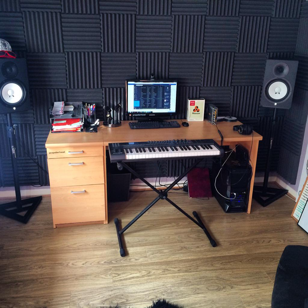 @SoundCloud #mystudio http://t.co/QhkrMJPf5S