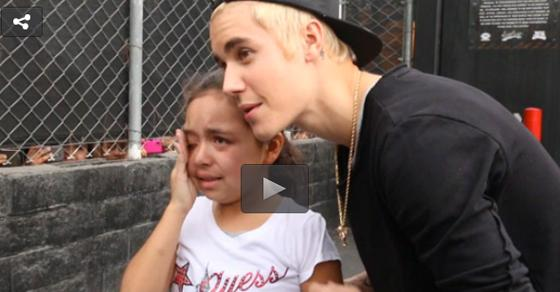 You HAVE to watch this ADORABLE video of @justinbieber comforting a crying fan! - http://t.co/lVYP0vB0WC http://t.co/EebfsMaSrt