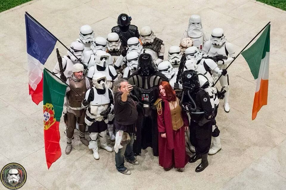 RT @501stIreland: Some fun at Comic Con Portugal #Legiao501 #legion501 #501stFrench pic.twitter.com/atougnCH9m
