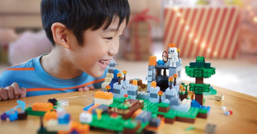 minecraft lego toys r us