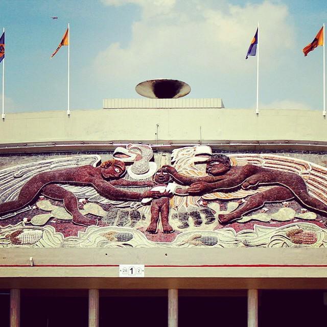 Unamdigital on twitter a 128 a os del nacimiento de for Mural una familia chicana