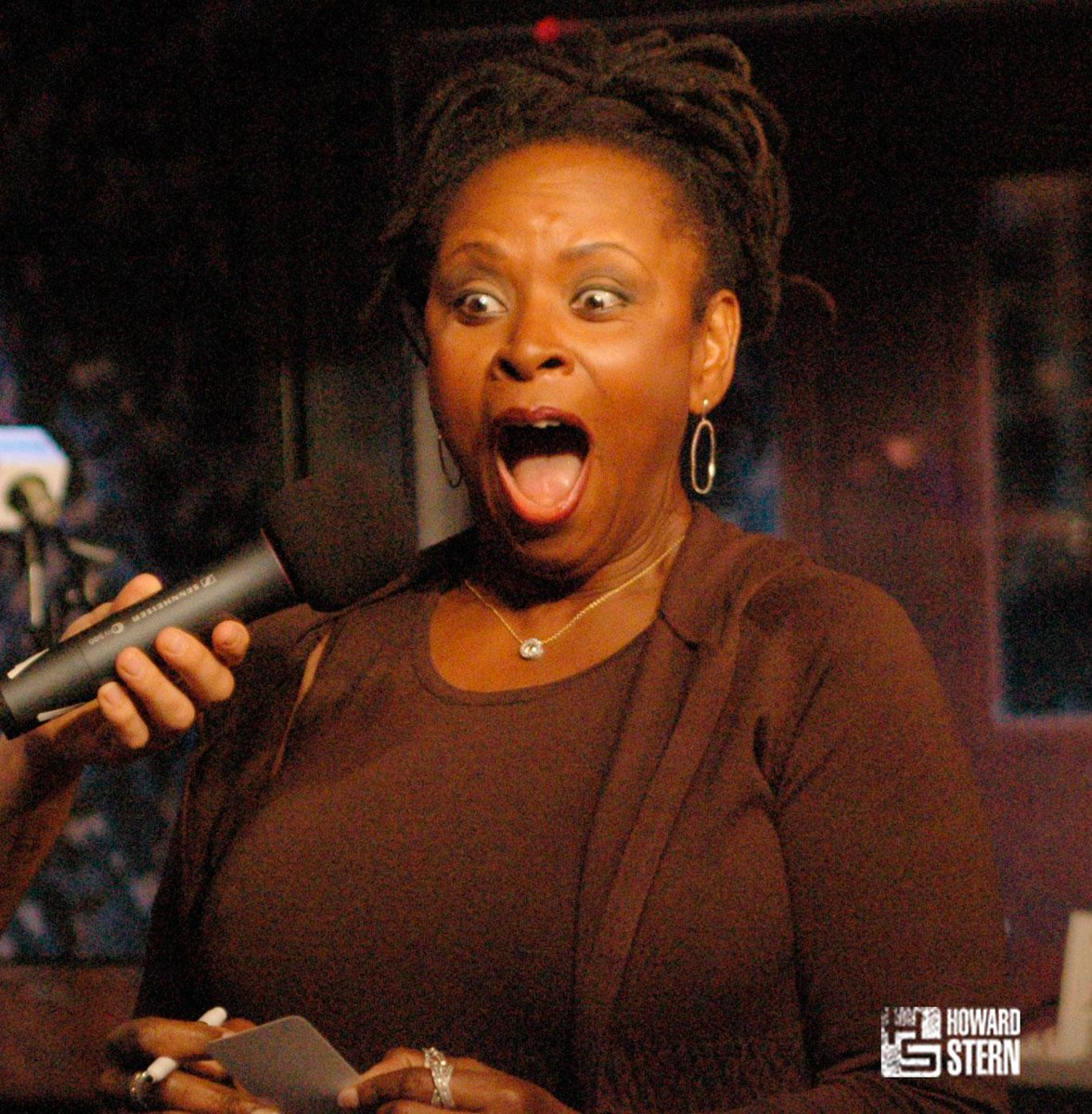 Robin quivers anal