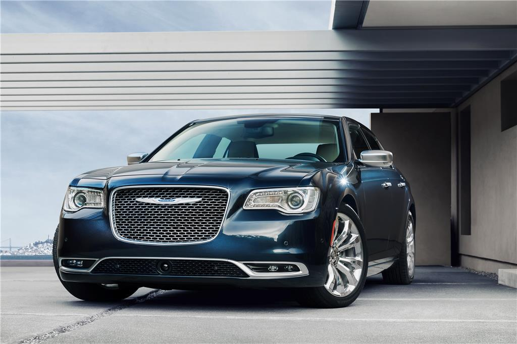 Sixty has never looked so good. The 2015 #Chrysler 300. http://t.co/FBtnGQqsfe