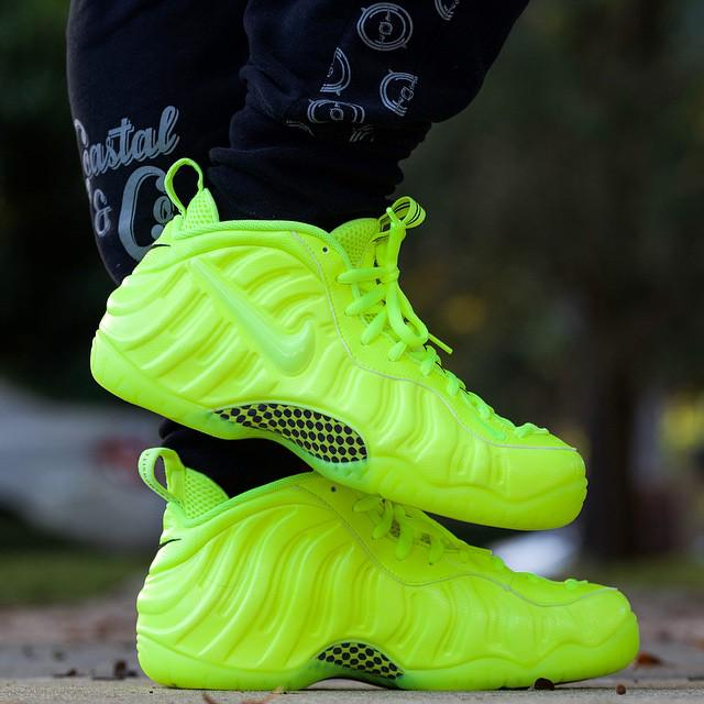 3fd73b3656f ... buy pass pass pass pass sneakershouts on foot look at the nike volt  foamposites. will