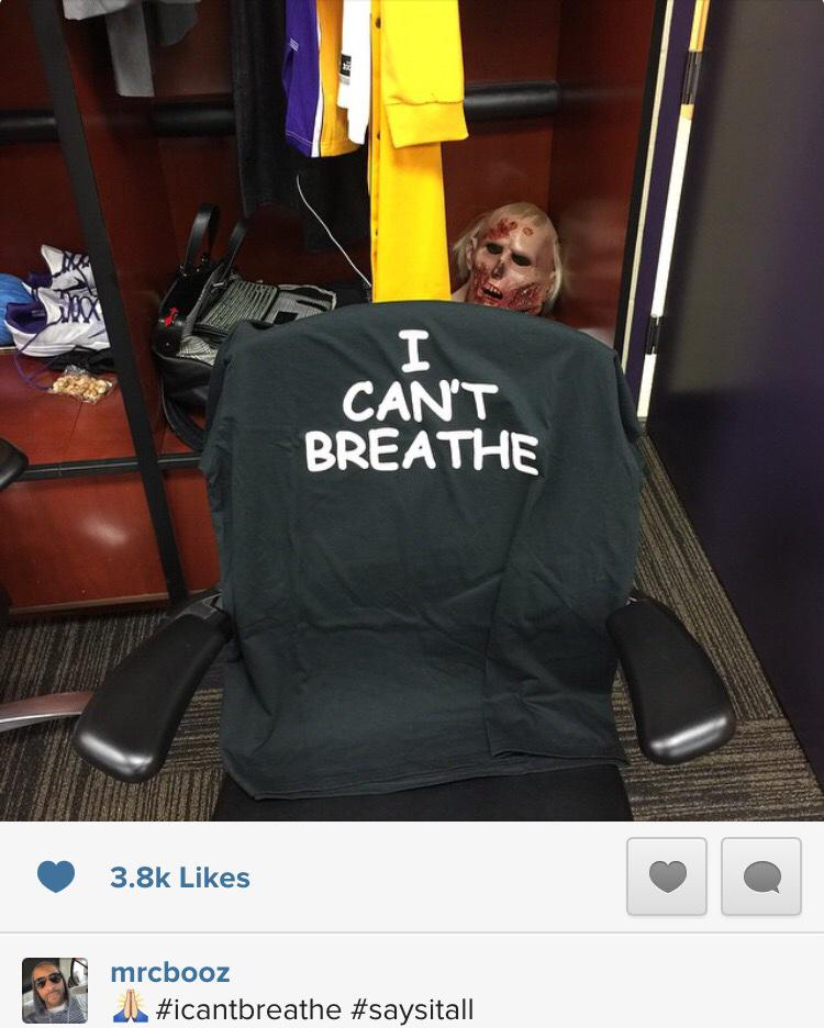 "Lakers F Carlos Boozer (@MisterCBooz) posts IG pic of ""I can't breathe"" shirt in every Lakers' locker tonight: http://t.co/c59yIisnbP"