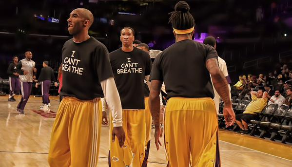 """@LakersNation: Lakers Basketball, #ICantBreathe. http://t.co/8q8xyIO9Eg  Photo Credit: @AMart49er. http://t.co/wEqIF7li2G"""