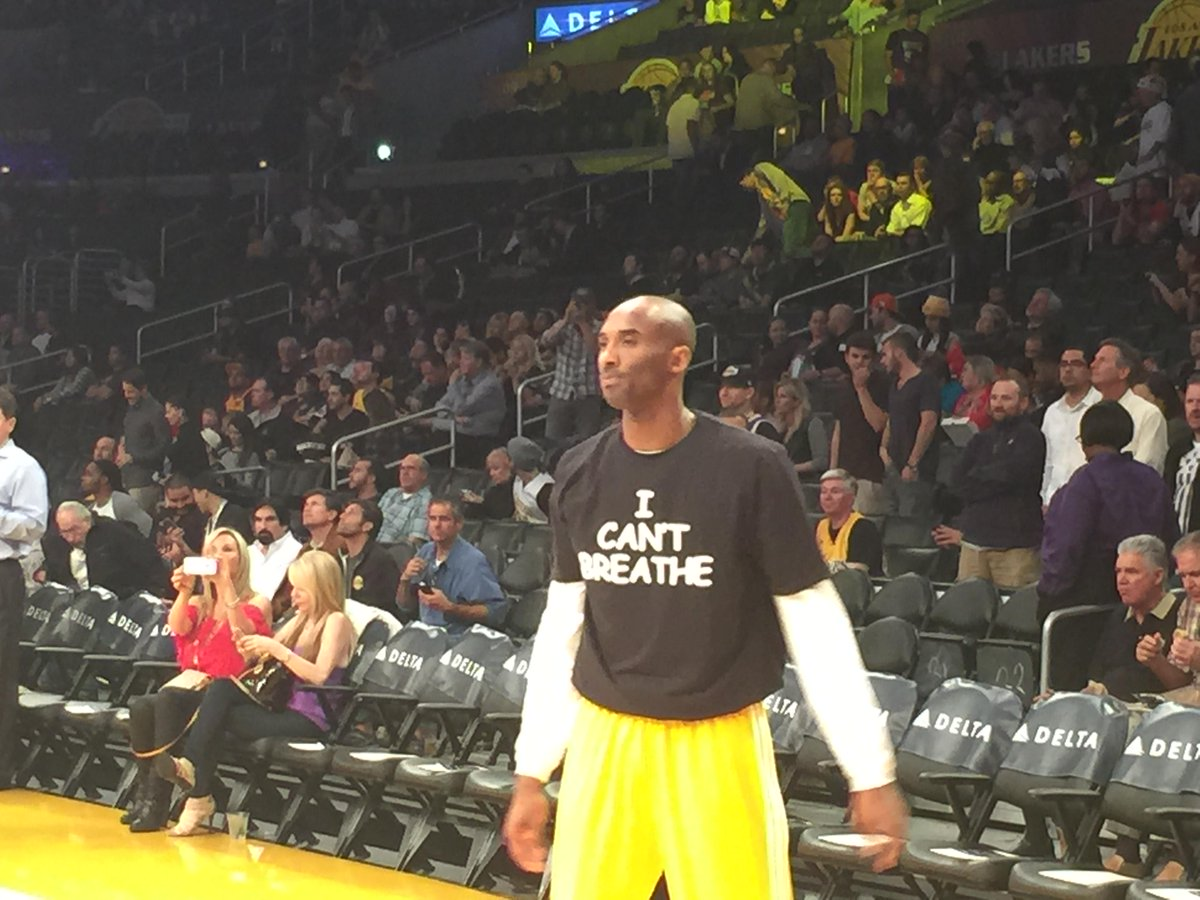 "Kobe Bryant and co. sporting ""I Can't Breathe"" shirts tonight before tip-off. #Lakers http://t.co/HZuAh2OrrS"