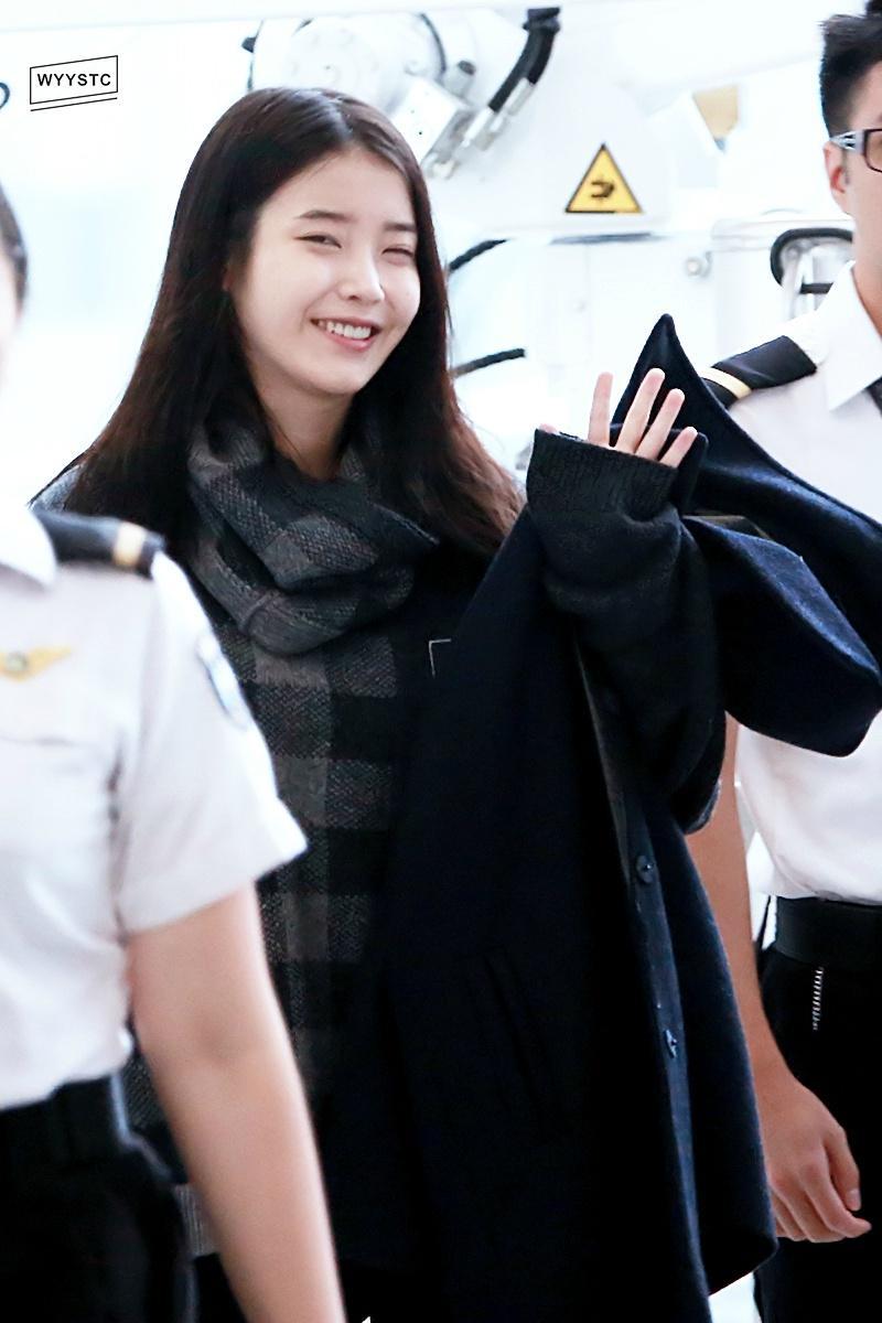 Soojung On Twitter 141204 IU Hong Kong Airport Cr Wyystc