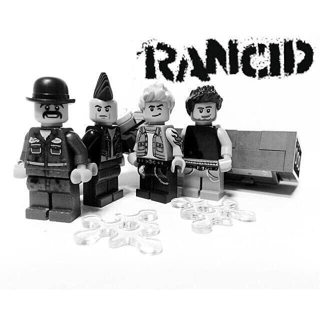 #LegoPunx http://t.co/ALxJ32kSqu