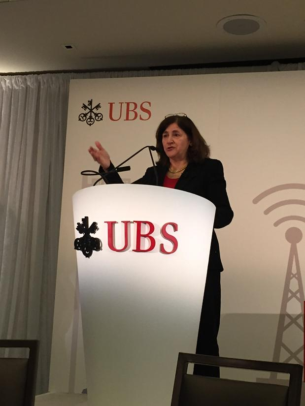 .@Gannett #ceo #graciamartore introduces mgmt team as she opens at @UBS #media &amp; #communications conference<br>http://pic.twitter.com/eMWmaQxB11