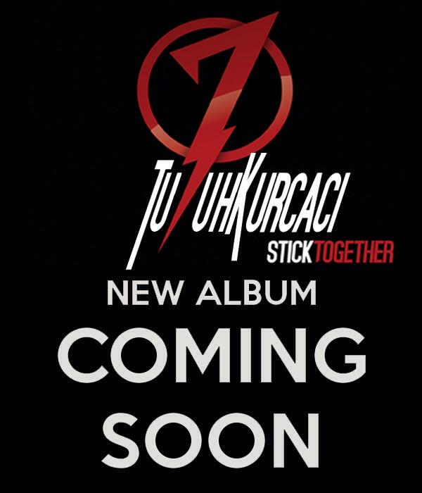 new album is coming up .. #sticktogether http://t.co/3x7SMTfEhb