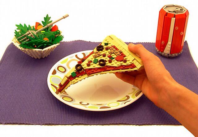 Φαγητά από LEGO! Yiam yiam!!! B4iQhWUCQAAYNpE
