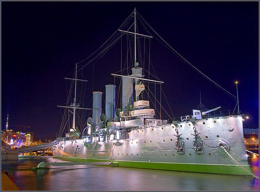 тоже, санкт петербург фото крейсер аврора комплекте утилитой