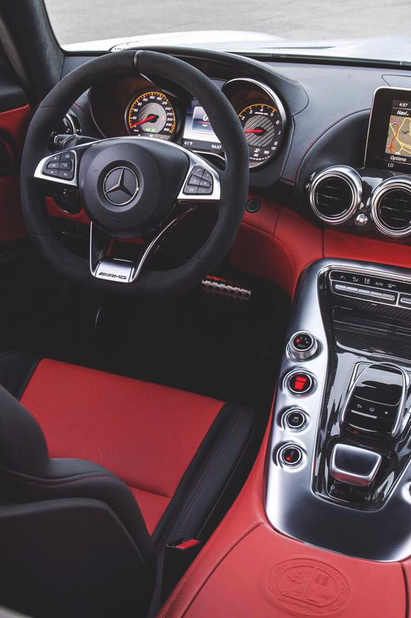 car porn on twitter red on black mercedes interior. Black Bedroom Furniture Sets. Home Design Ideas