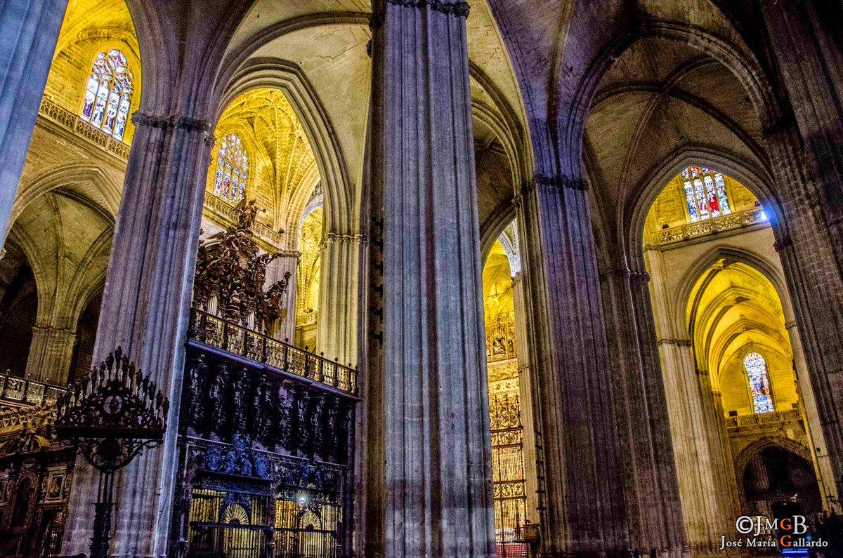 Maria gonzalez ferre on twitter catedral de sevilla - Catedral de sevilla interior ...