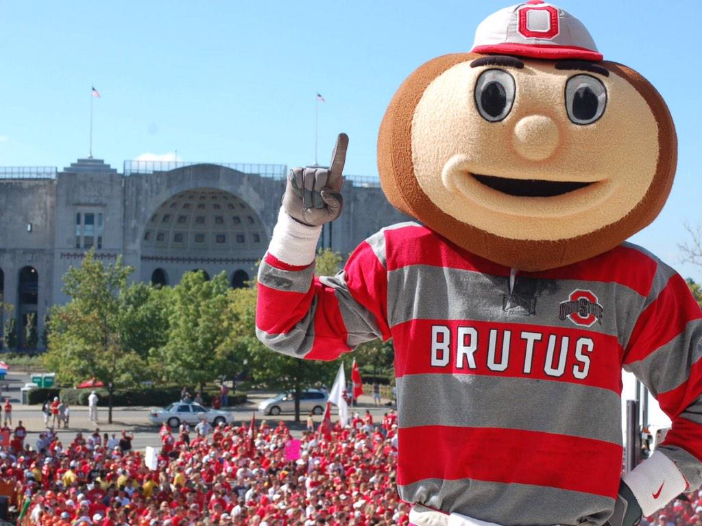 Most socially engaged fan base in college football? Should be obvious. http://t.co/ctYEvzxbdu http://t.co/xJMDthJGKf