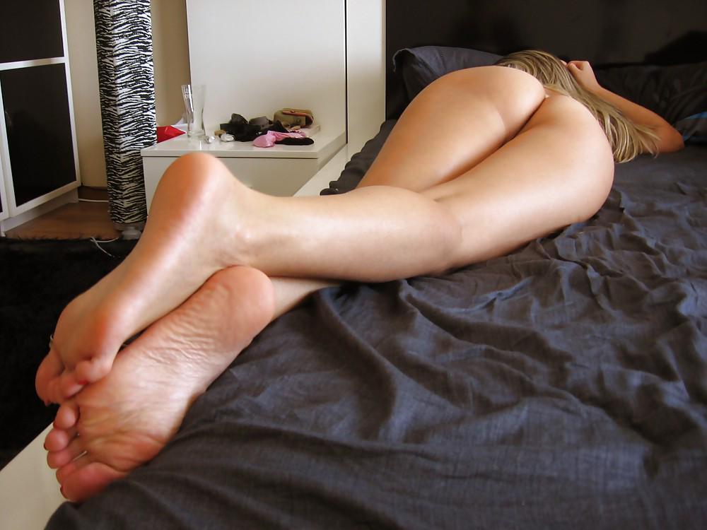 голиe ножки