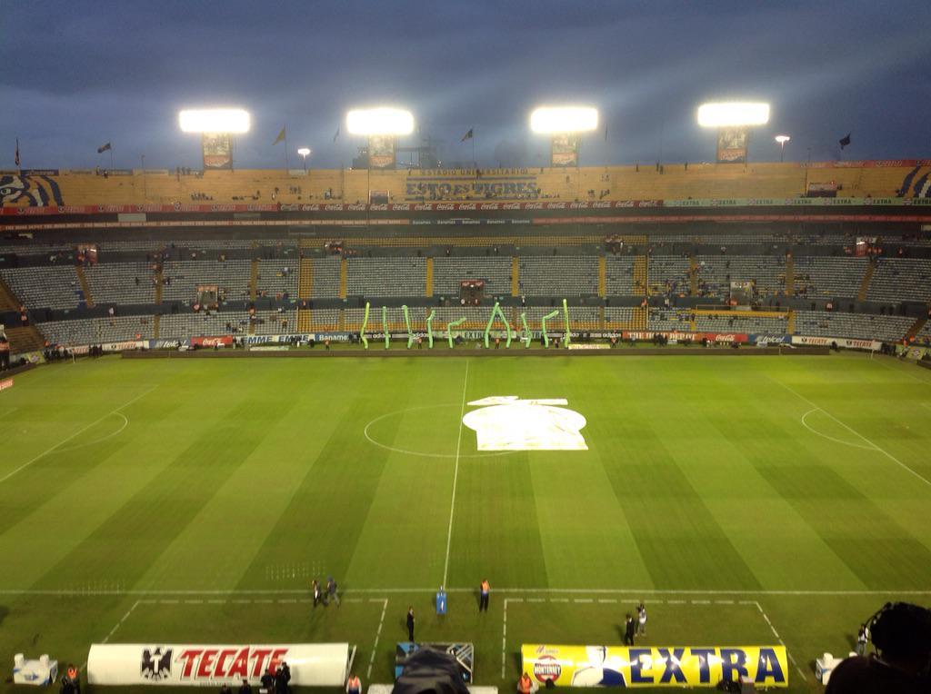 Estadio Universitario y la llegada de los aficionados