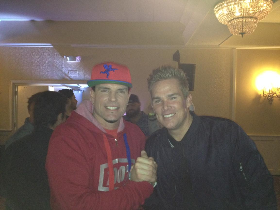 Me and the homey @vanillaice...one of the nicest cats in the world! http://t.co/T1NLxD7vi9