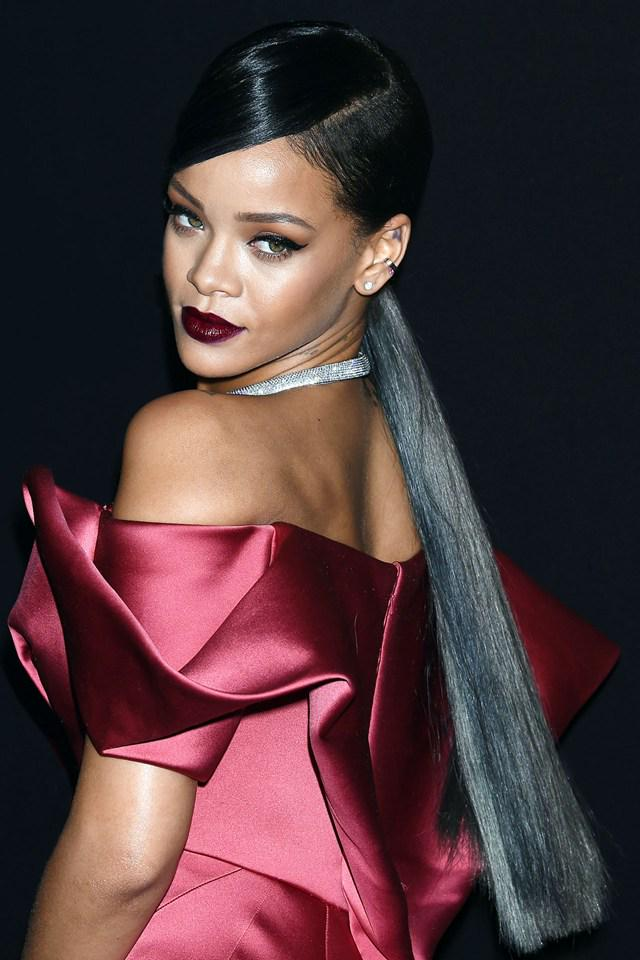 As Rihanna Shows Off Another Head Turning Hairstyle Look Back At